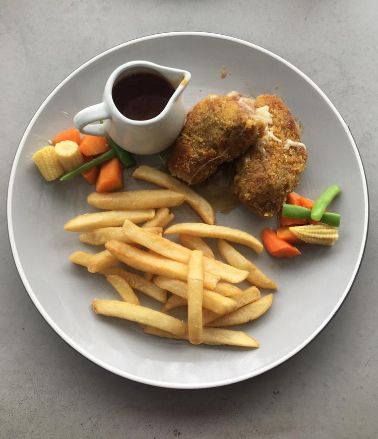 Jardin Cafe Bandung Review: Jardin Cafe Bandung